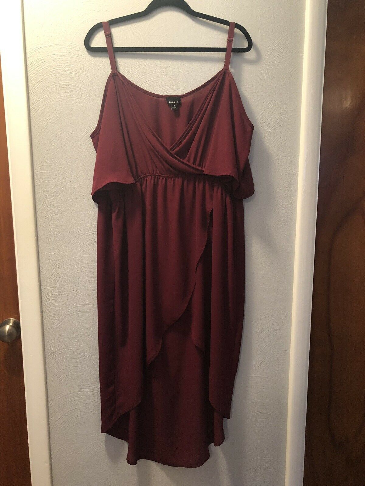 Torrid Womens Plus Size 3 3X Cold Shoulder Long Tunic Shirt Top Red Maroon Wine