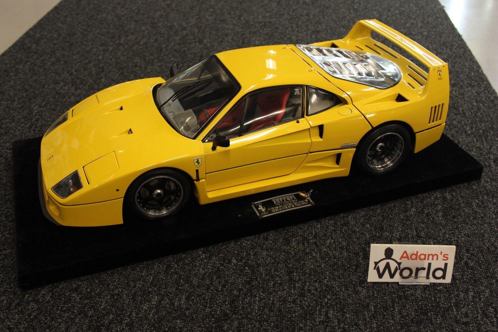 Pocher Professional built kit Ferrari F40 1:8 Amarillo