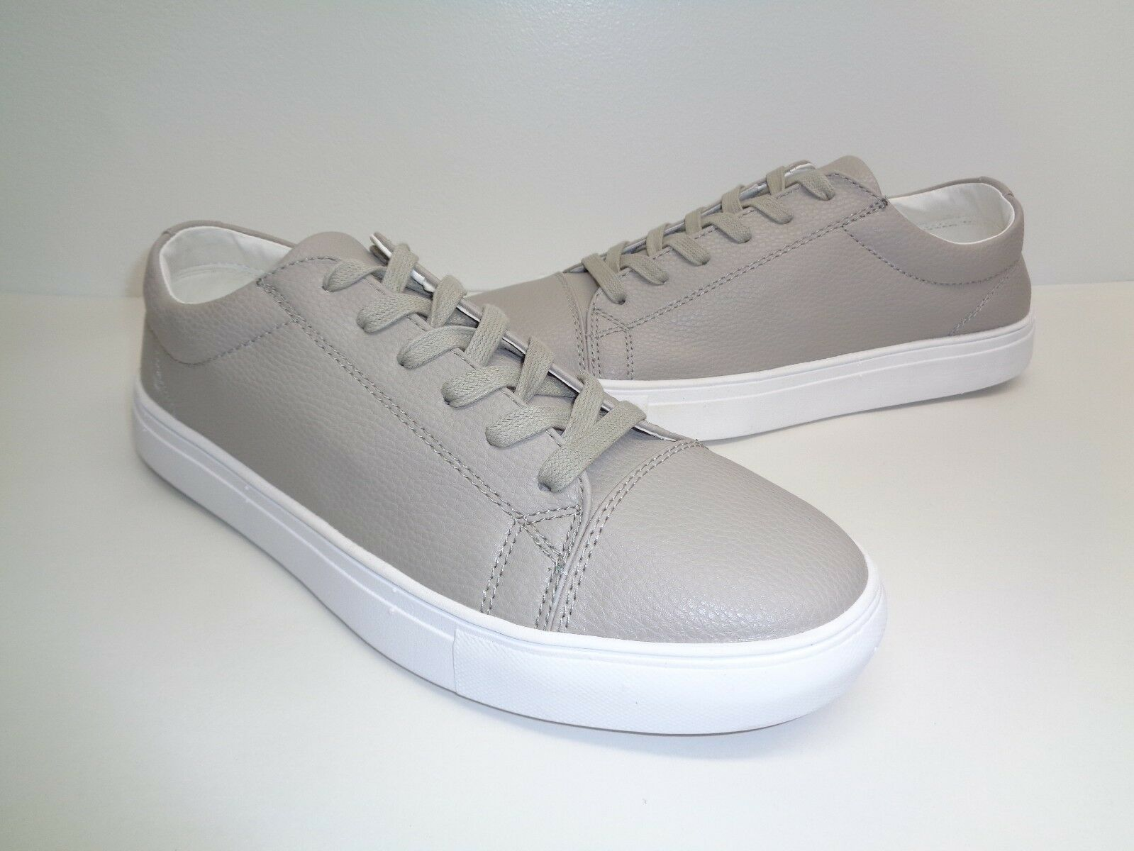 Steve Steve Steve Madden Size 9.5 M BOUNDED Light Gray Fashion  New Uomo Shoes 795240