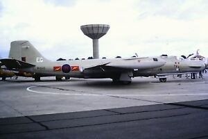 4-355-English-Electric-Canberra-B-2-T-17-Air-Force-WH646-Kodachrome-SLIDE