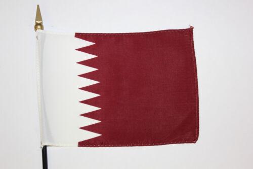 4x6 inch on plastic staff with spear point QATAR desk flag