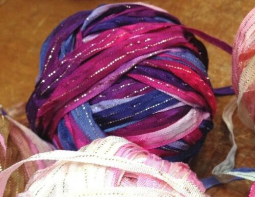 """CURLY RIBBON 1//4/"""" Rayon /& Metallic Gold 3 yds Made in USA Dolls Knit Hair"""
