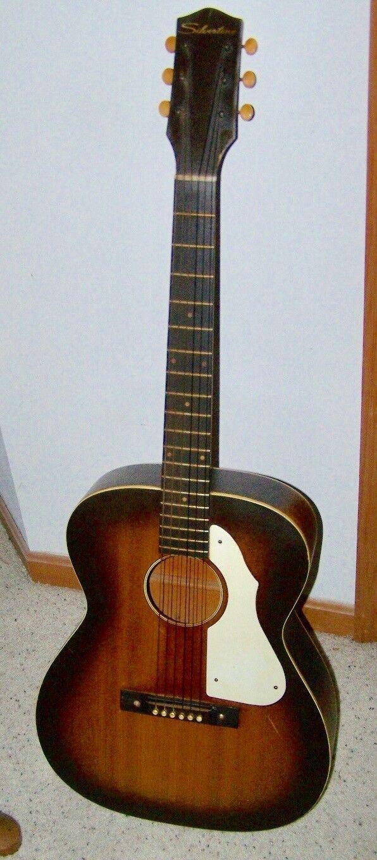s l1600 - 1960's Silvertone Acoustic Guitar