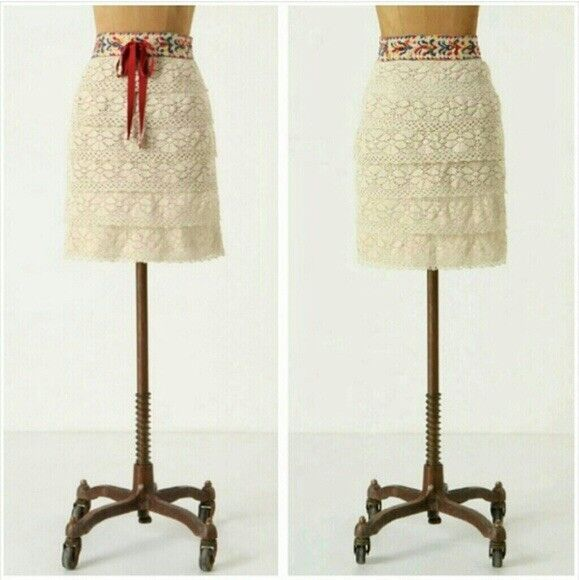 Anna Sui Anthropologie Oaxaca Skirt Small Embroidered Tiered Boho Crochet Ribbon