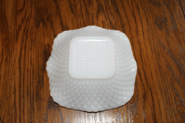 White Milk Glass Ruffled Edge Diamond Cut Pattern Square Bowl Candy Dish 6 x 6