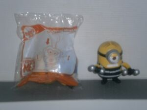 MHHMT2-McDonald-039-s-2-Diff-Minions-Despicable-Me-3-Happy-Meal-toys-2017