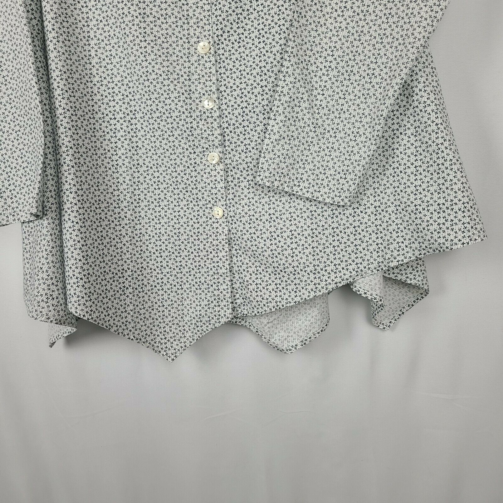 Tulip Women's Button Down Blouse Size Small Overs… - image 4