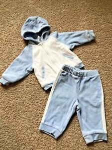 ceb275bc90c8 Baby GAP Hooded Sweatsuit Baby Boy Size 6-12 Months Blue   White