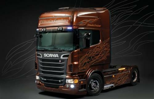 Scania R730 V8 Black Amber Kit 1:24 Italeri IT3897 Miniature
