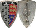 19° Division d'Infanterie, émail, dos lisse, homologué, A.B. 1033 (4905)