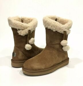 c4571bafa66 Details about UGG PLUMDALE CUFF SHORT BOOTS WATER RESISTANT CHESTNUT BROWN  SUEDE -US 8 -NEW