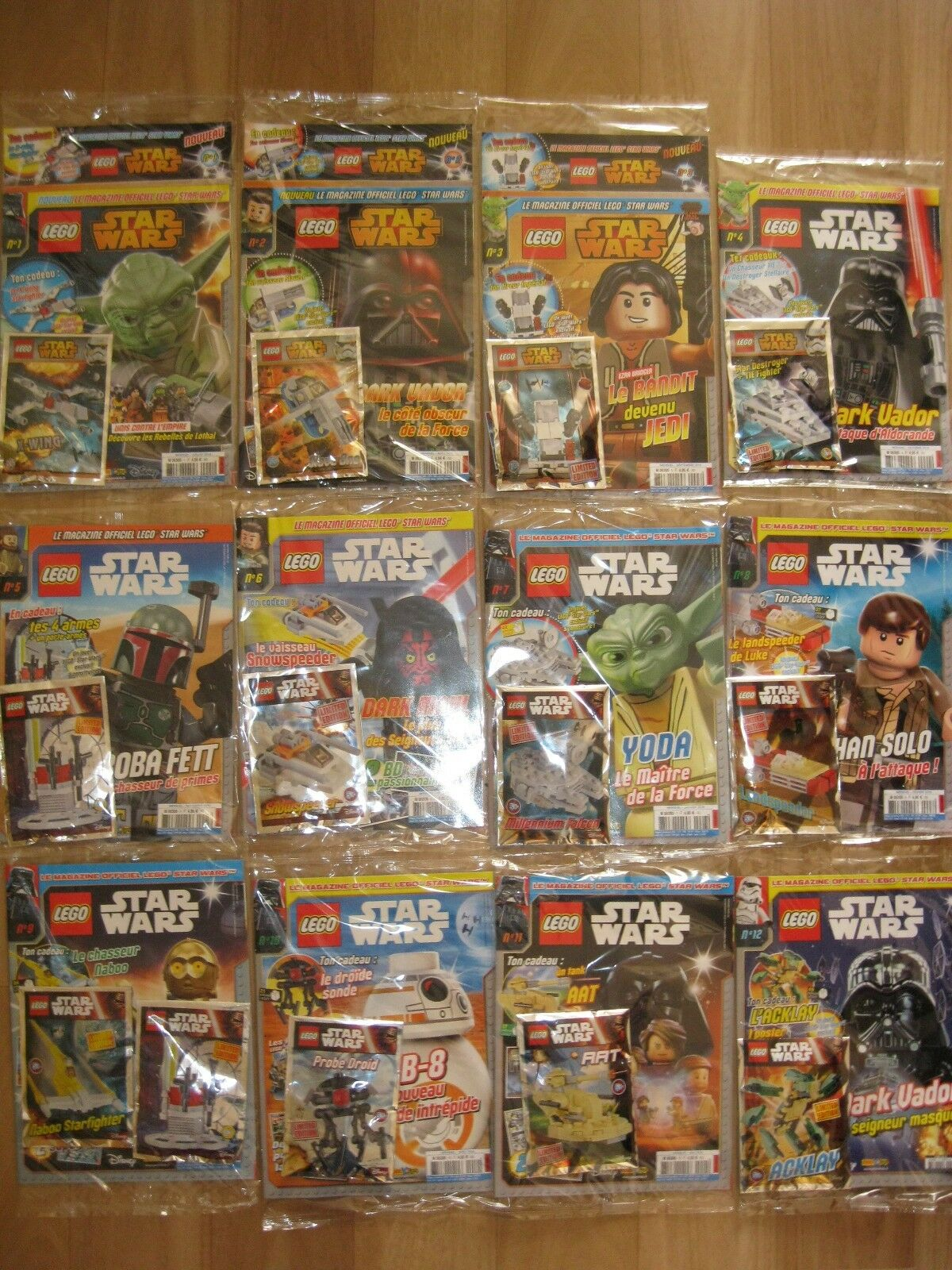 LOT DE 40 MAGAZINES LEGO   STARS WARS    SOUS BLISTER N°1 a 30  5 HSN°1 a N°5