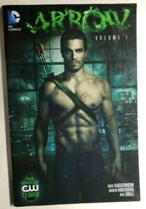 ARROW-volume-1-2013-DC-Comics-CW-TV-TPB-1st-VG