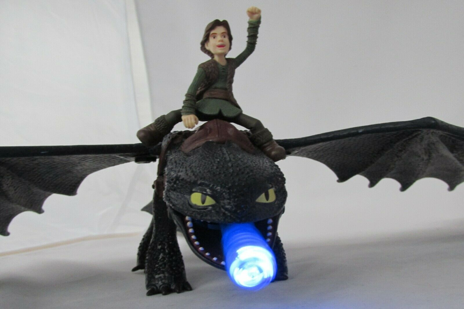 Fire Breathing Night Fury- How to Train Your Dragon- 2010 Spin Master-Toothless