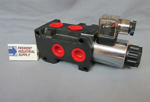 Hydraulic-solenoid-operated-3rd-function-selector-valve-12-volt-DC