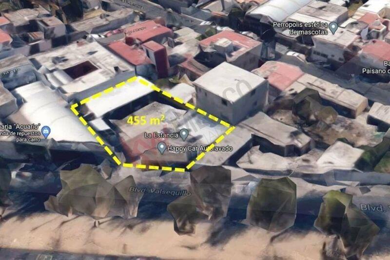 Terreno plano sobre Boulevard Valsequillo, Cerca de Plaza Crystal, 2 sur y 16 de septie...