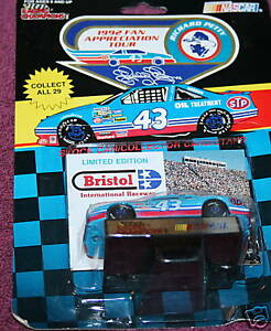Richard-Petty-43-Fan-Car-APRIL-5-1992-BRISTOL