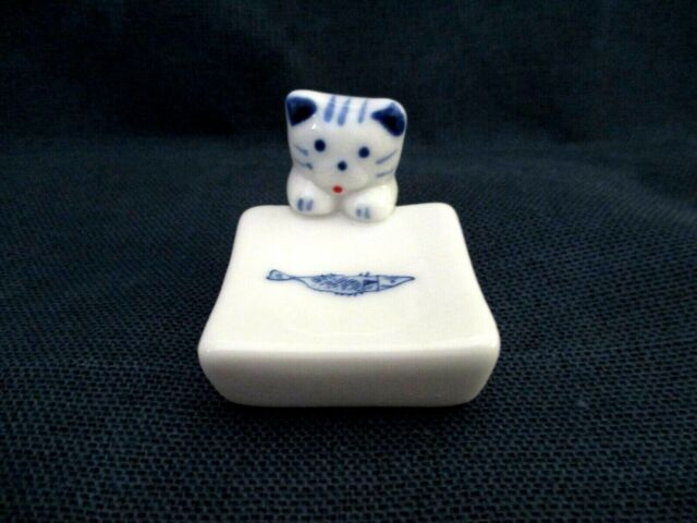 Chopstick holder lucky Cat money attraction Japanese bell porcelain ceramic new
