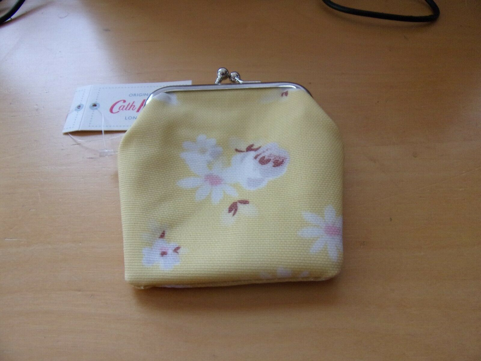New with tags cath kidston kids purse daisy rose soft yellow