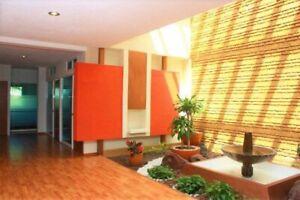 OFICINA C/BAÑO PRIVADO EN JARDINES DEL BOSQUE, 3 CUADRAS HOTEL RIU