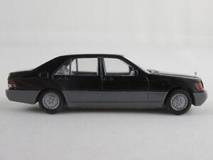 Wiking-158-2-Mercedes-Benz-500-SE-1991-in-schwarz-grau-1-87-H0-NEU-unbespielt