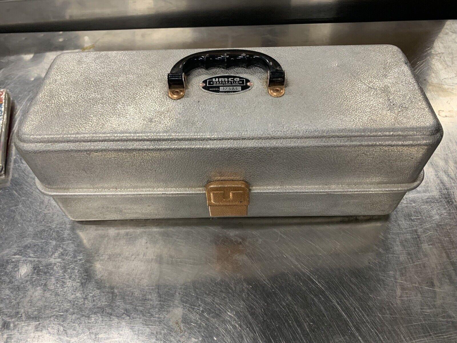 Vintage Umco Modelo   175A  Aluminio Caja de los trastos  tienda de venta