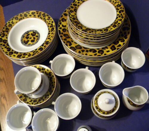 Leopard/Cheetah Print 8 Place Setting Plus Dinnerware Set Emerald Made in China