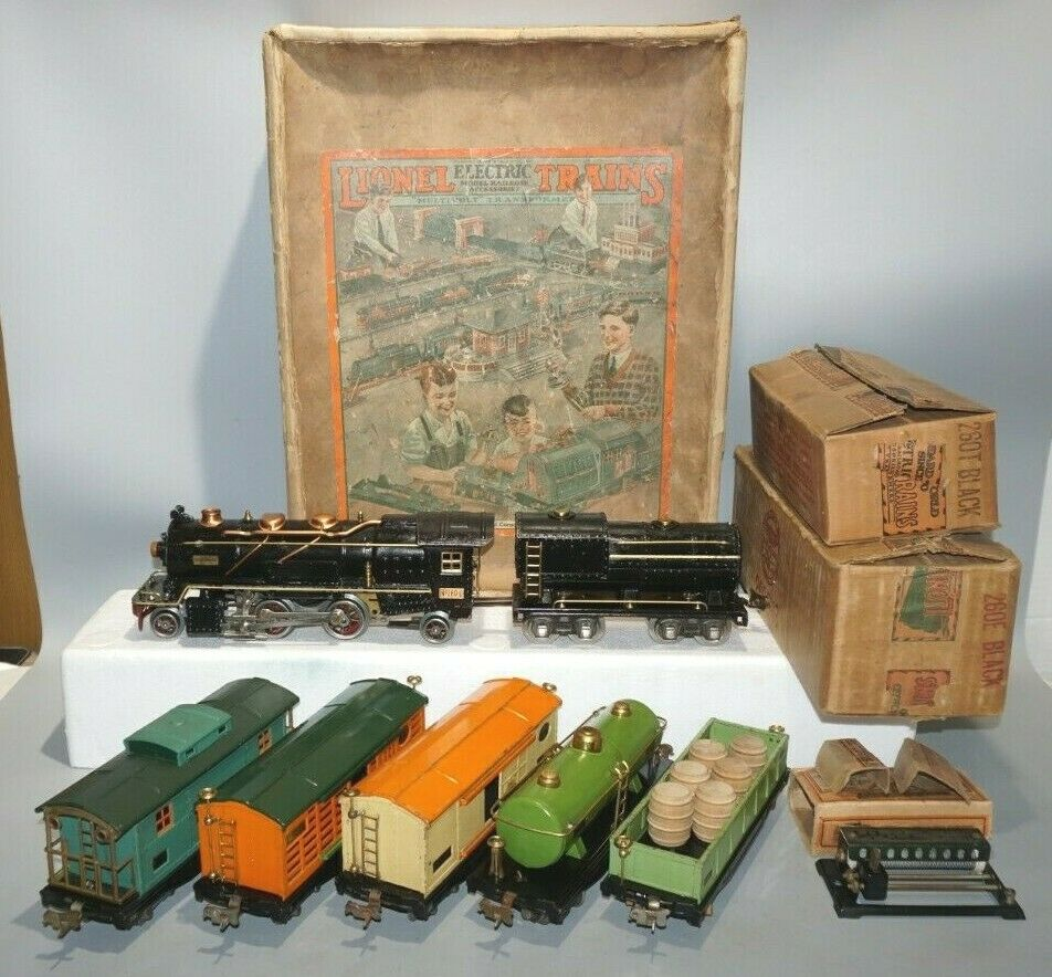 LIONEL FREIGHT SET O-GAUGE 239E W 260E ENGINE, 812 813 814 815 817 OB SET BOX