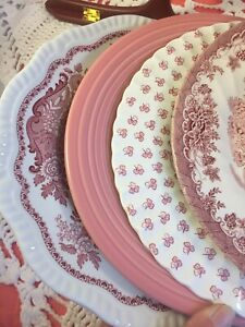4-Vintage-Mismatched-China-Ironstone-Dinner-Plates-pink-Red-White-Transfer-235