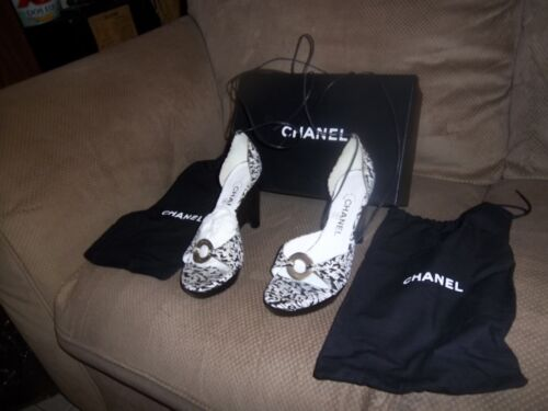 chanel authentic size 38 wedges with straps