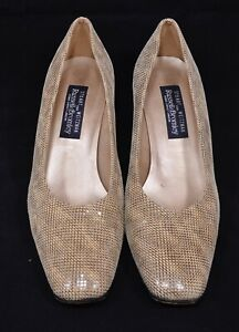 Smart Ladies Leather Russell & Bromley Court Shoes size 9.5/uk 7.5
