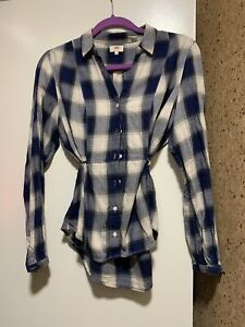 Levis-Shirt-Blouse-Cotton-Blue-Plaid-V-Neck-Top-L