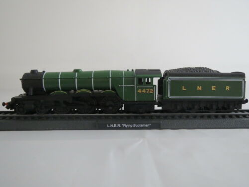 Standmodell LNER Flying Scotsman 4472 Lok mit Anhänger,1:160 in Plastikbox