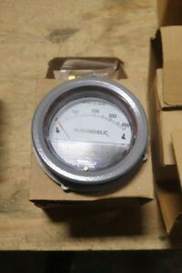 NEW-DWYER-MAGNEHELIC-GAUGE-0-400-034-OF-WATER
