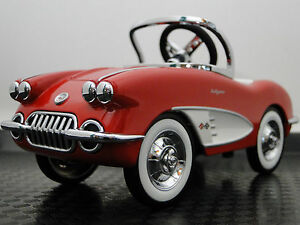 Pedal-Car-1959-Corvette-Chevy-Vintage-Metal-Collector-Red-gt-6-5-Inches-in-Length