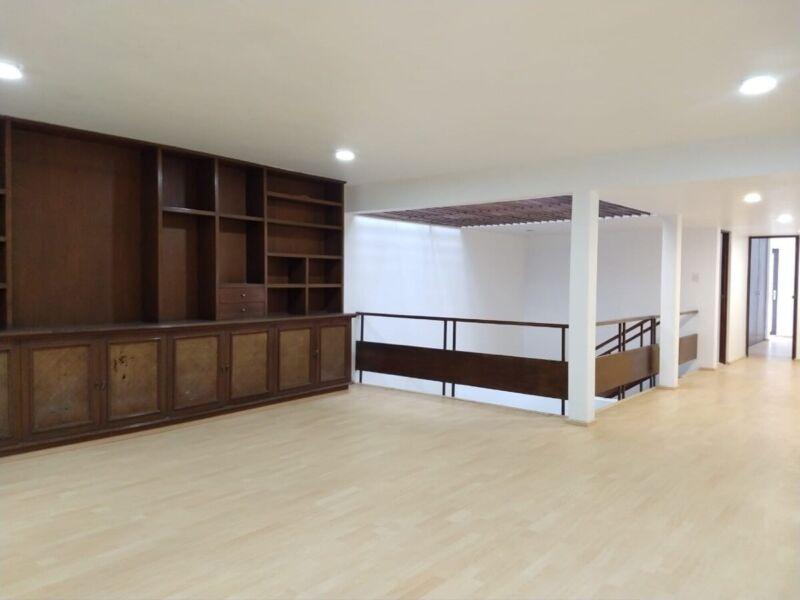 Renta casa en Polanco re modelada de 3 recamaras
