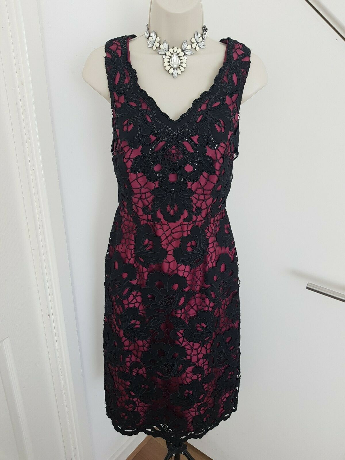 Monsoon Mother Of The Bride GroomDress Midi Embroidery Beaded Sleeveless Size 8