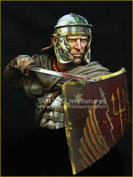 Young Miniatures Roman Legionary 1st Century YH1854 1 10th Bust Unpainted Kit