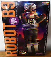 LOST IN SPACE ROBOT B9 1 6 Scale Plastic Model Kit Moebius Models 20 OFF Toys