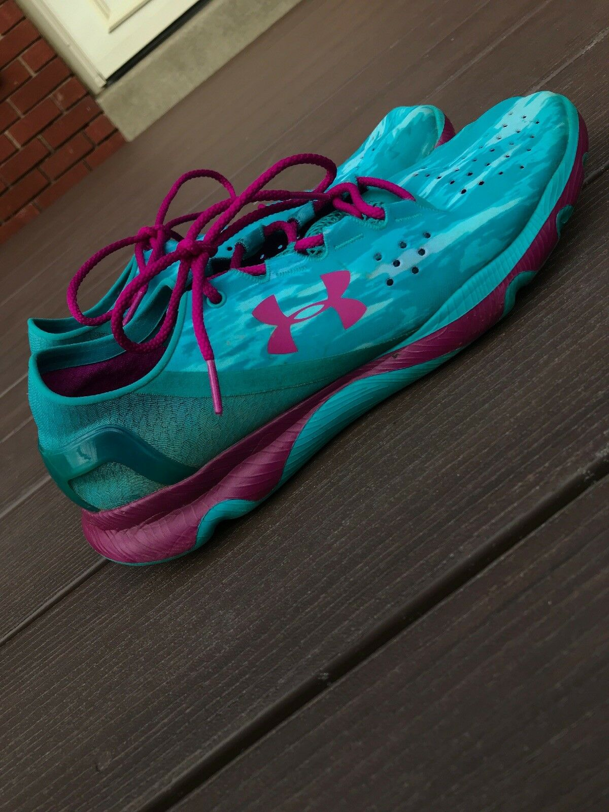 womens under armour shoes size 11