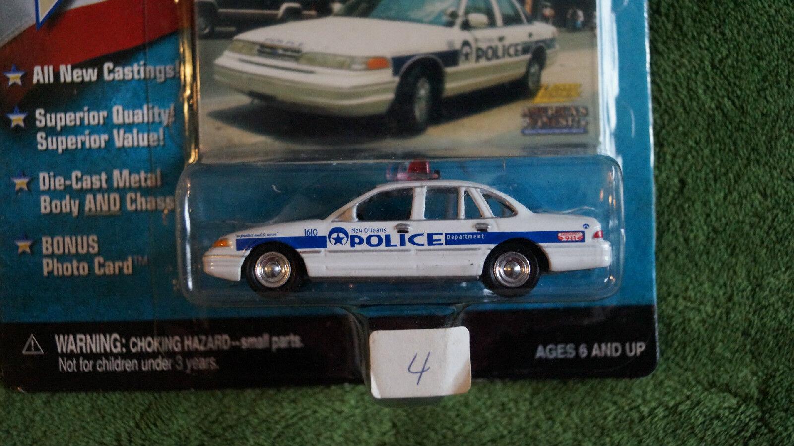 precio razonable Nueva Orleans policía Dept pre-katrina Diecast Diecast Diecast Autos, 1 64, Johnny Lightning, 1999  conveniente
