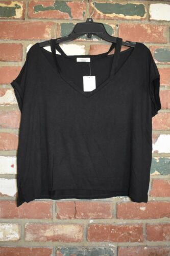 URBAN OUTFITTERS Silence Noise Split-Cut Cold Shoulder T-shirt black size M