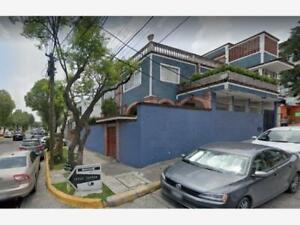 Casa en Venta en Ciudad Satelite