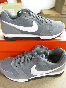 separation shoes 976e8 c7d28 Image is loading Nike-MD-Runner-2-GS-Running-Trainers-807316-