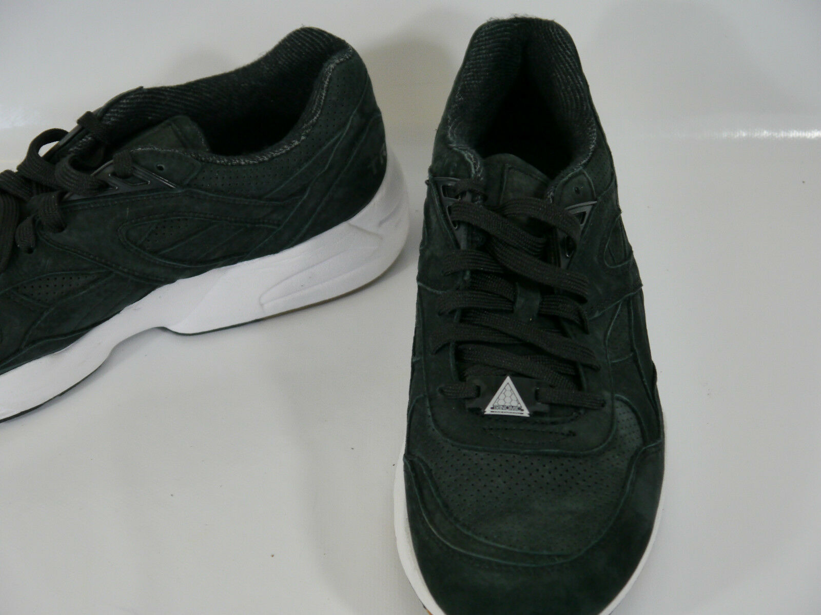PUMA hommes PERFORATED noir LEATHER hommes PUMA TRAINERS 8 EUR 42 US 9 2cd501