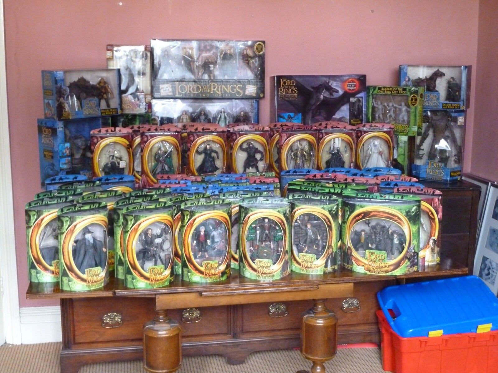 Lord Of The Rings Figure Collection - New In Boxes Over 90 Pieces All 3 films