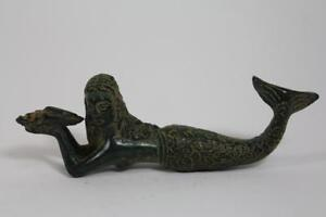 Skulptur-Bronze-liegende-Meerjungfrau-Nixe-mit-Muschel-Antik-Stil