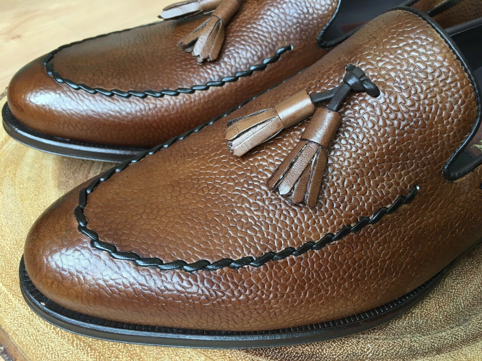 Mezlan Tassel Loafer Brown Leather Apron Stitch Size 8  395