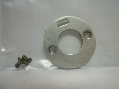 714 Z USED PENN SPINNING REEL PART MADE USA Pinion Bearing Retainer