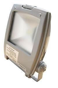 30W LED Fluter Außen Strahler Flutlicht Scheinwerfer Neutralweiss 5500K IP65
